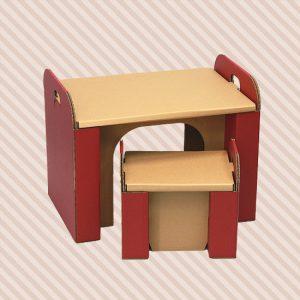 キッズデスクセットーダンボールでできた子供机と子供椅子です