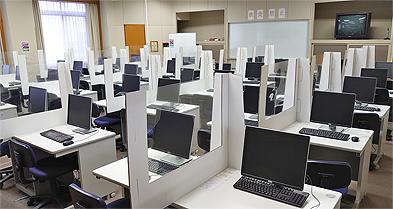 導入事例 平安女学院大学様(情報処理演習室)2